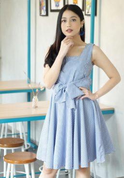 gwen dark blue