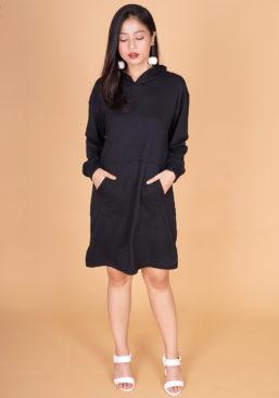 POTRAIT-lowry-hoodie-hitam