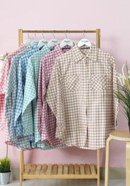 POTRAIT+loose-tartan-shirt-gantung